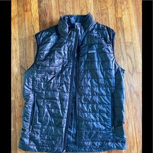 Patagonia black quilted vest Size M -Mens